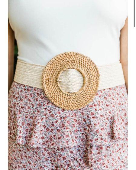 Big belts, chunky belts, circle belt http://liketk.it/39MAM #liketkit @liketoknow.it #LTKstyletip