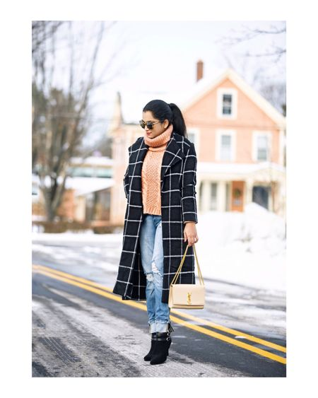 Sometimes it's not the outfit under the coat, but the coat itself!🖤 #gridcoat #favorite Outfit details- http://liketk.it/2zxfo #liketkit @liketoknow.it  Follow me on the LIKEtoKNOW.it app to get the product details for this look and others!