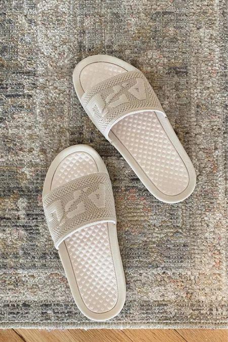Comfy knit slides, fall shoes     #LTKshoecrush