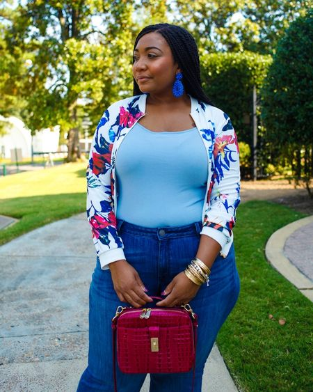 I'm still on my accessory kick but let's take a moment to appreciate this jacket that is under $9!!! Get extra money off using my coupon code curvybe10 on https://www.lovelywholesale.com. 👉🏽http://bit.ly/2KDGzM1👈🏽 @lovelywholesale__official #lovelywholesale * *  #liketkit @liketoknow.it http://liketk.it/2FtEN