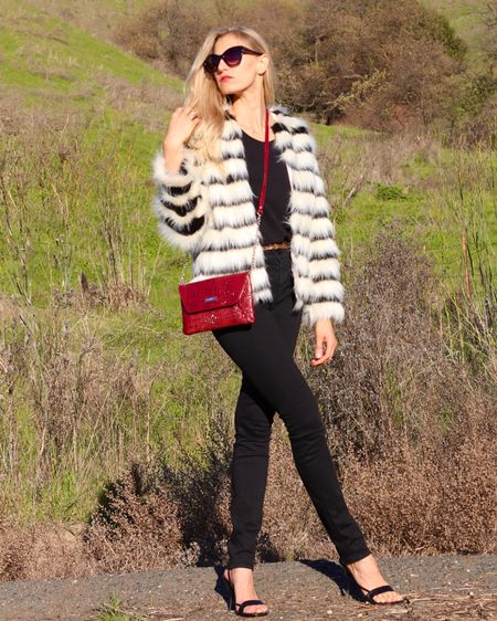 Throwback to this daytime Valentine's Day look from 3 years ago! ❤️ Gosh, where does the time go?! I adore our weather in the SF Bay Area. Shop this look (with a very similar coat) by following me 'TheClassyWoman' in the @liketoknow.it app! You can use my link in your browser here👉🏻 http://liketk.it/2KkfQ #liketkit #classicstyle #Valentinesoutfit #blackandwhite #bayareablogger #fauxfur