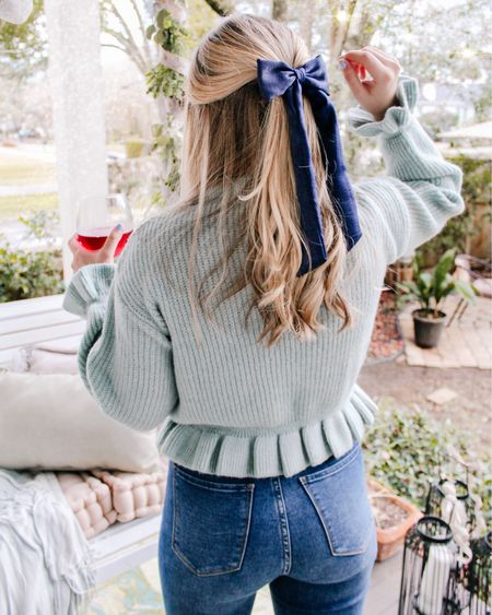 Linking this sweater again because it's on sale finally! Only small and mediums sizes left! Wearing a small for reference #liketkit @liketoknow.it http://liketk.it/397eU #LTKsalealert #LTKunder50 #LTKSeasonal