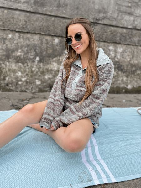Gloomy beach days 🤍 this billabong fuzzy pullover is perfect for cooler days at the beach   #LTKstyletip #LTKunder100 #LTKswim