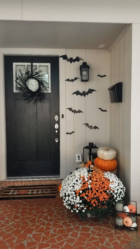Last year's front porch fall decor 🎃🦇