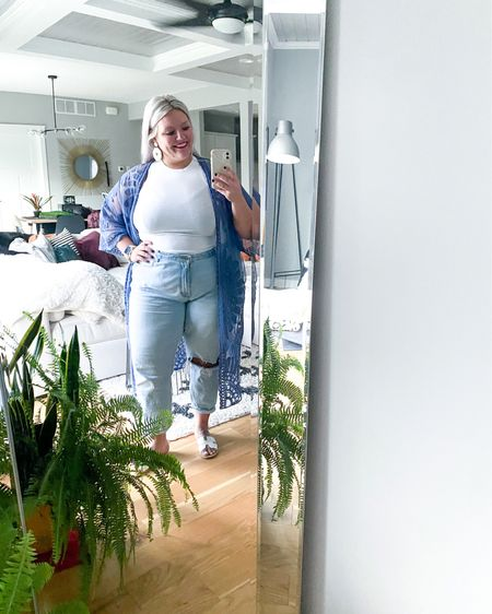 Loving this summer look. Taking it back to the good ol days with #Abercrombie and #AmericanEagle looks!! 🙌🏽🙌🏽   http://liketk.it/3elux #liketkit #LTKcurves #LTKunder100 #LTKshoecrush @liketoknow.it #summer   Shop my daily looks by following me on the LIKEtoKNOW.it shopping app