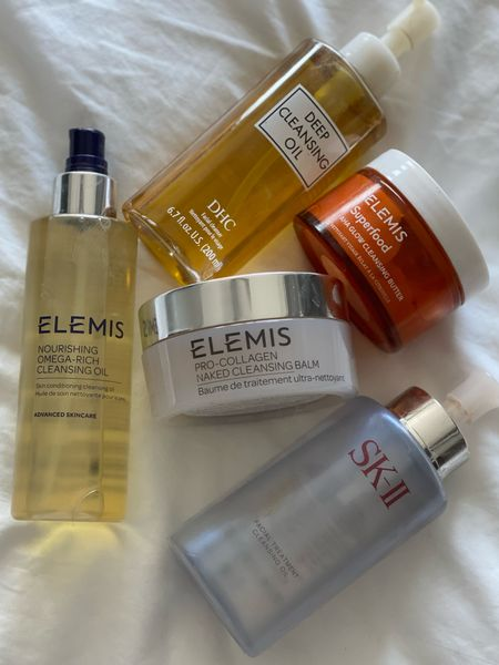 My #KERRent favorite oils & balms to use for a double cleanse! Don't forget to use code COURTNEY20 for Elemis & KERR20 for Colleen Rothschild  (FYI not pictured because I'm out of it: Colleen Rothschild Cleansing Balm)
