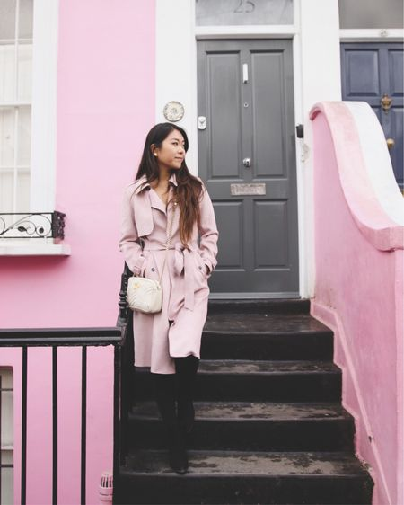 You can take me anywhere and I'll find you some pink things ✈︎ Paris is next!  P.S. linked my outfit via @liketoknow.it here ↠ http://liketk.it/2A12T , listed similar pieces that were also #vegan friendly because I'm not that much of a shopper & most of my outfit pieces are no longer sold.  #veggiekins #london #liketkit