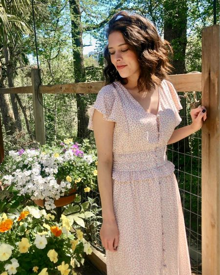 I love classic, floral midi dresses for spring 🌸 This one was a TJ Maxx find from last year so I linked similar floral dresses in the @liketoknow.it app! http://liketk.it/3f8LR #liketkit #LTKwedding #SpringStyle #SpringOutfit #FloralDresses