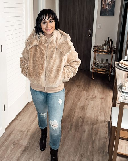 Feeling cuddly as a lion cub in this jacket 🤎 http://liketk.it/33OPM #liketkit @liketoknow.it #LTKgiftspo    Follow me on the LIKEtoKNOW.it shopping app at CordiallySarah to get the product details for this look and others. It's totally free!    #LTKsalealert #LTKfit