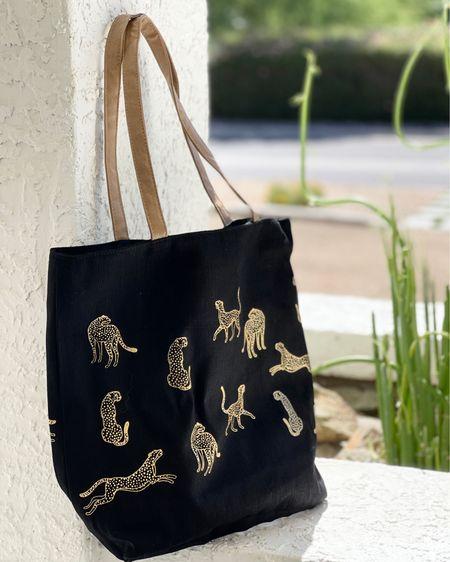 Love this ECOright tote back & it has a zipper closure & inner zip pocket!  #LTKunder50 #ecoright #tote #zippertote #cheetah #zebra #plasticreduction #amazonfinds #amazonfashion #founditonamazon #bag #liketkit @liketoknow.it http://liketk.it/3gujH