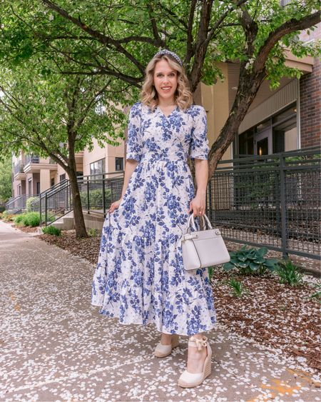 This dress makes me feel like a ginger jar & I love it 🌿 Less than 3 weeks 'til the wedding, and heading back to Texas Thursday afternoon! Can you feel my mix of stress, excitement, and caffeine? . . . You can shop this look by going to the link in my bio or by following me in the @liketoknow.it app 💙🌿✨ http://liketk.it/3g5SZ #liketkit #LTKunder100 #LTKunder50 #LTKstyletip