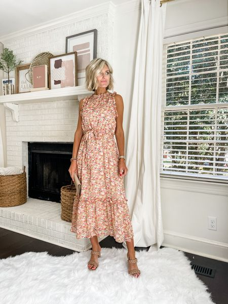 This is a great dress as we transition into fall!   #LTKstyletip