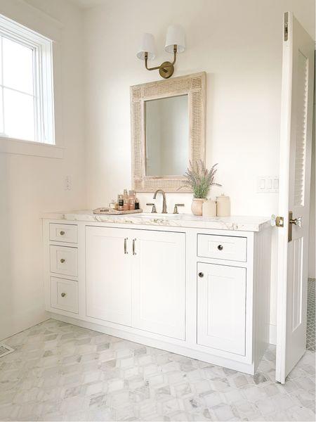 Master bathroom design - mirror, bathroom delta faucet, Emtek cabinet hardware               #LTKhome