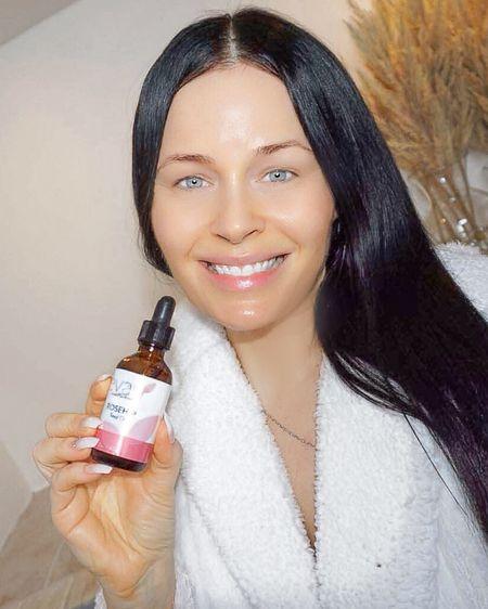 http://liketk.it/3draV #liketkit #LTKbeauty #LTKunder50 #LTKunder100 @liketoknow.it  This hyaluronic acid serum & rose hip seed oil are so good & super reasonably priced   Skincare, skin care, natural, Amazon, beauty,