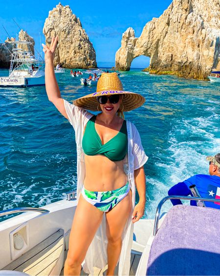 Te Amo Cabo ❤️🌴 swipe to see our adventure on Chica Mala  🛳 Such a fun day!  Link to this cute swimsuit is in my bio under my LIKEtoKNOW.it ~ http://liketk.it/3hsmz #liketkit @liketoknow.it   Follow me on LIKEtoKNOW.it ~  1️⃣ You can instantly shop my looks by following me on the LIKEtoKNOW.it shopping app  2️⃣ Shop your screenshot of this pic with the LIKEtoKNOW.it shopping app  3️⃣ Follow me on the LIKEtoKNOW.it shopping app to get the product details for this look and others