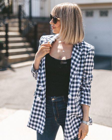 Checked blazer casual style  http://liketk.it/2BTpe #liketkit @liketoknow.it #LTKspring #LTKstyletip #LTKunder100