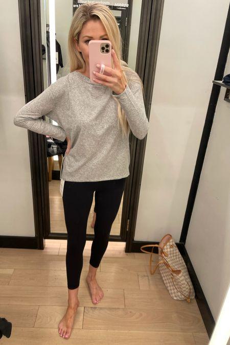 Lululemon  Size 4 top & 6 legging  #LTKstyletip #LTKSeasonal #LTKfamily
