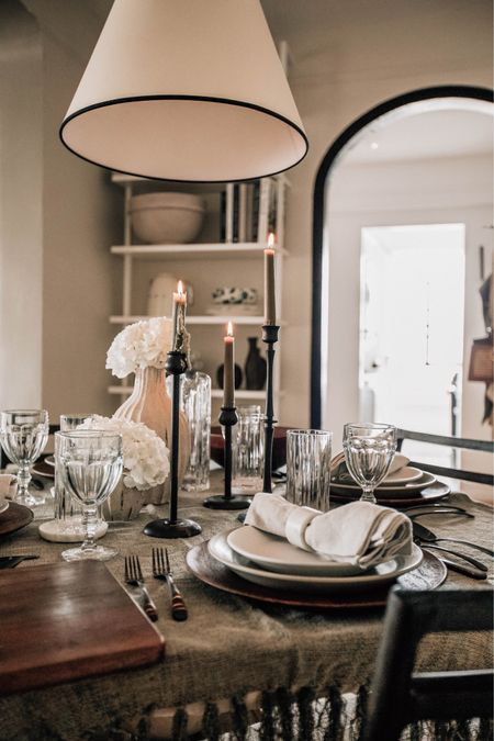 Tablescape, entertaining for the holidays and dinnerware    #LTKHoliday #LTKhome #LTKSeasonal