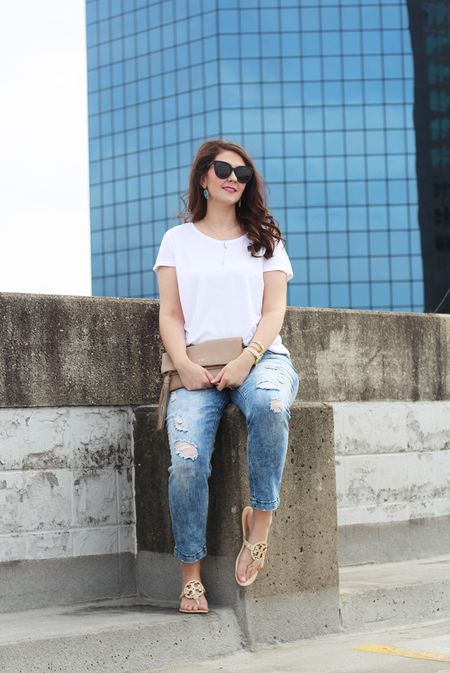 Did you catch yesterday's post on WWW.BRIGHTONABUDGET.COM? Throwing it back to the 8️⃣0️⃣'s with these @maurices jeans! Shop this look👉🏻 http://liketk.it/2qRsn @liketoknow.it #liketkit