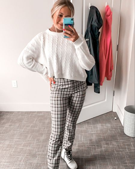 3/4 exams in the books! 📚 can't wait to relax and start celebrating the holiday season 🥰   p.s. outfit linked on the LTK app!❤️  #labeledbylily #collegeblogger #michiganfashion #fashionblogger http://liketk.it/33LSR #liketkit @liketoknow.it