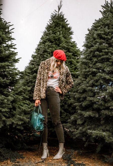 Trees so tall they make me look short in heels! @mrgreentrees @liketoknow.it http://liketk.it/2tXep #liketkit #merrychristmas #losangeles #balenciaga