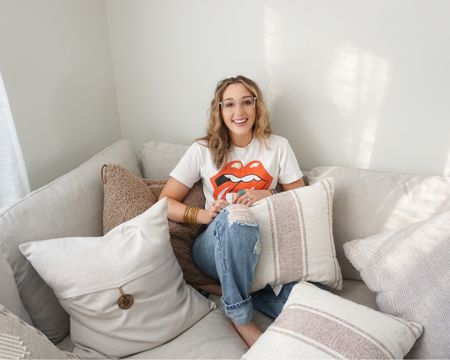 C O Z Y // There's not going to be any room left on this couch if I buy anymore pillows 🤪 I loveee having lots of pillows and I love to have options 🙌🏼 I feel like it makes a space so cozy ✨ We have an entire area in our basement filled with all of my throw pillows ☁️ Are you on team throw pillow? 👇🏼 📲 You can instantly shop my looks by following me on the LIKEtoKNOW.it shopping app @liketoknow.it #liketkit http://liketk.it/3ad0j