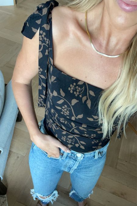 Top: 0  Jeans: 24