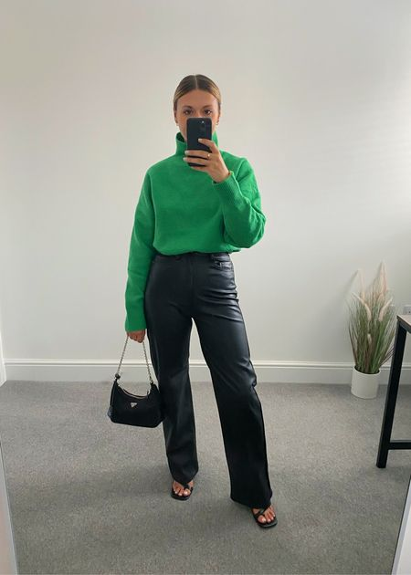 Simple outfits 💚  One of my favourite ways to wear this green knit has to be with my leather trousers. A perfect, cosy evening look.   #LTKeurope #LTKstyletip #LTKunder50