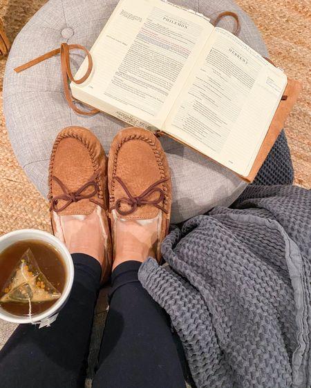 Cozy morning must-haves 💕 #liketkit @liketoknow.it http://liketk.it/36vnz