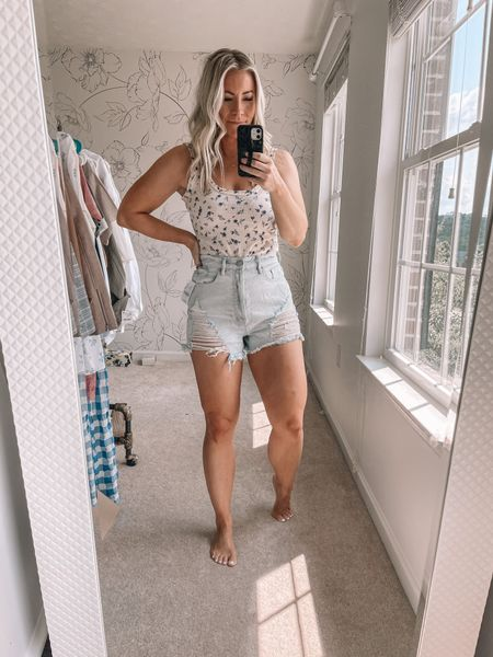 The best fitting denim shorts for under $25! They fit so well and are so comfortable! Jean shorts, summer outfits, beach outfits   #LTKstyletip #LTKsalealert #LTKunder50