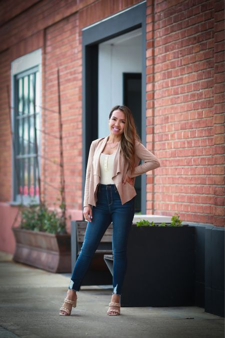 Love this simple, neutral and affordable causal fall outfit! Everything is under $35 (minus the shoes)   #LTKstyletip #LTKunder50 #LTKsalealert