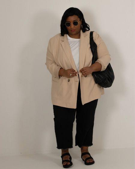 Plus-size blazer, black jeans, Teva sandals and big black bag, Ray-ban Sunglasses #plussize http://liketk.it/3g2SF #liketkit @liketoknow.it #LTKcurves #LTKeurope #LTKunder50 @liketoknow.it.europe @liketoknow.it.family @liketoknow.it.home @liketoknow.it.brasil