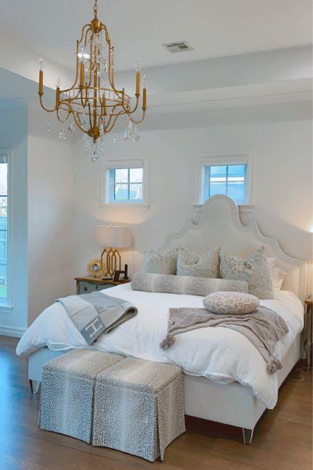 Master Bedroom ideas, Master Bedroom decor, Primary Bedroom, Bedding, Bedroom Pillows, Throw Blanket, Barefoot Dreams blanket, gold lamp, gold chandelier   #LTKhome