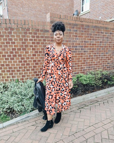 My red carpet style for the blogosphere awards! ...this coral midi dress is stunning. I love the print, the fit and the quality. I'm wearing a size 2 (UK 10) with my black suede ankle boots, black leather biker jacket and LV bag. prefect dress for a wedding or birthday too!  #LTKeurope #LTKwedding #LTKstyletip