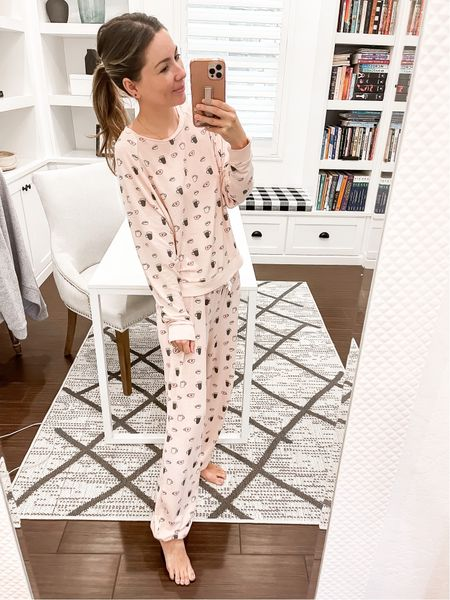 Size xs pajamas super soft and not heavy  #LTKSeasonal #LTKHoliday