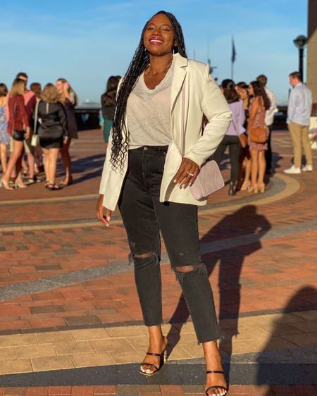 These curve love jeans are on sale at Abercrombie!   Shop your screenshot of this pic with the LIKEtoKNOW.it shopping app #LTKsalealert #LTKcurves #LTKunder50   http://liketk.it/3jCwZ #liketkit @liketoknow.it