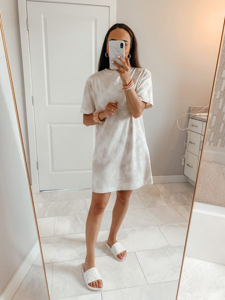 Target T-Shirt Dress for $12! Love the neutral tie dye print on this one. Comes in sizes XS-XXL and I am wearing a size XS! Easy to size around because it has a slight oversized fit! 😍 Screenshot this pic to get shoppable product details with the @liketoknow.it shopping app: http://liketk.it/3iL0e #liketkit #LTKunder50 #LTKsalealert #LTKstyletip