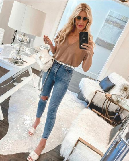 Gorgeous Under $30 bodysuit you can wear year round! It runs tts I'm wearing an XS @liketoknow.it #liketkit http://liketk.it/3e7Zv http://liketk.it/3dypw #LTKunder50 #LTKunder100 #LTKtravel Shop my daily looks by following me on the LIKEtoKNOW.it shopping app http://liketk.it/3gLdc http://liketk.it/3h6kl