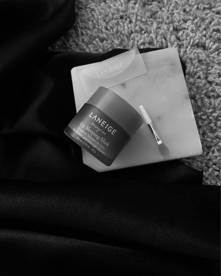 #Laneigegiftedme their Lip Sleeping mask just in time to brave the cold temperatures! After use, Lips are now plump, hydrated & feel incredibly soft. The strawberry scent is also very delightful! . . . Link in Bio to shop. :-)  http://liketk.it/35MMj #liketkit @liketoknow.it