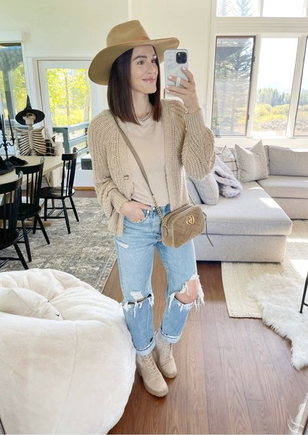 F A S H I O N \ GNO neutral fall look🍂 Finally squeezed back into my fave all time favorite mom jeans!! Holding everything in👌🏻👌🏻 Paired it with nude booties, a crop tee, sweater and go-to hat!🤠  #fall #falloutfit #fallfashion #sweater #jeans #booties  #LTKstyletip #LTKSeasonal #LTKunder100
