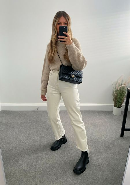 Rewearing autumn basics from last year 👉🏼  As many of you know, I'm a big fan of rewearing and shopping my own wardrobe. Here are 10 items I'll be rewearing from my wardrobe this season.   5. Neutral knit   #LTKeurope #LTKunder50 #LTKstyletip