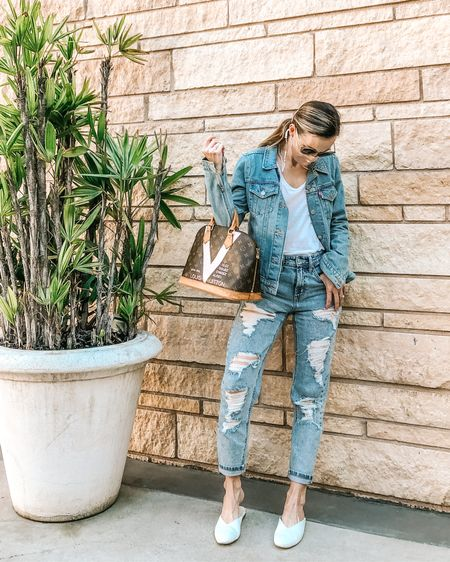 Canadian Tux, but make it quarantine 🙈🖤  . . . Shop my fav jeans ($22!) and the comfiest retro sunnies ($39, over 60% off!) via @liketoknow.it http://liketk.it/33byb #liketkit   . . . . #targetstyle #momjeans #denimstyling #silkmask #simplestyle #momstyle