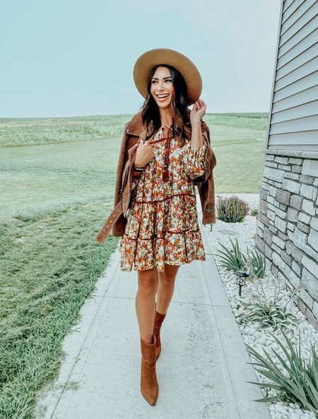Just got the cutest dress from @chicwish to transition perfectly into fall 🍁 also seriously so comfy!   #LTKunder100 #LTKshoecrush #LTKstyletip