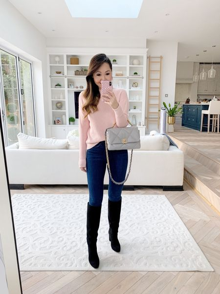 Always love the combo of grey and pink 💕✨ My sweater was such a steal! A gorgeous waffle knit and under $60 😍  Took an XS in the sweater and a size 26 in the jeans