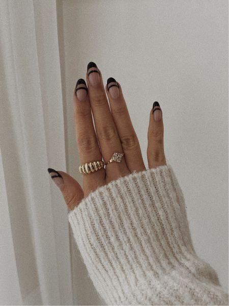 Black nails for fall 🖤 Gel nails/fall nails/nail inspo  #LTKGiftGuide #LTKunder100 #LTKstyletip