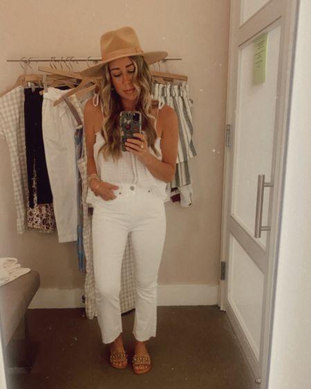 All white clean crisp Summer look! 🤍   http://liketk.it/3hCyz @liketoknow.it #liketkit #LTKstyletip #LTKsalealert
