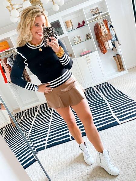 Wearing a small sweater. 15% off with LAUREN15.