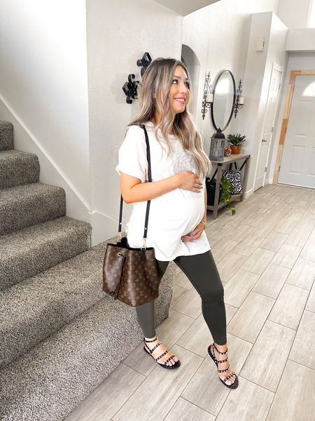 Baby Bump Style and Spring Fashion American Eagle Leggings + Oversized Tee + Summer Sandals http://liketk.it/39ANc #liketkit @liketoknow.it #LTKbeauty #LTKunder50 #LTKbump