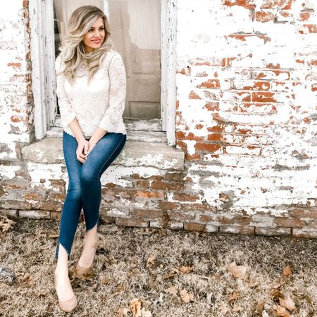 Let's chat lace! It's so elegant and always a classic look. Are you a lover of lace?! This top is one of my favorites and it's currently 40% off. Check it out by clicking link in my bio. Don't forget to follow me on @liketoknow.it http://liketk.it/2Atzj #liketkit #LTKunder50 #LTKsalealert #fashionblogger #ootd #ootn #lace #kcstyle
