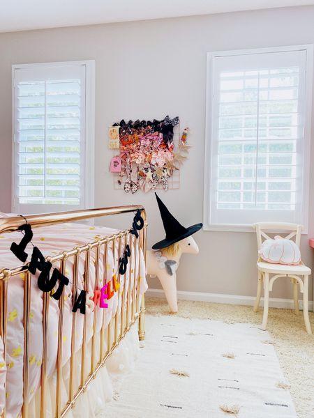 Halloween decor, pink Halloween, Halloween bows, girls room
